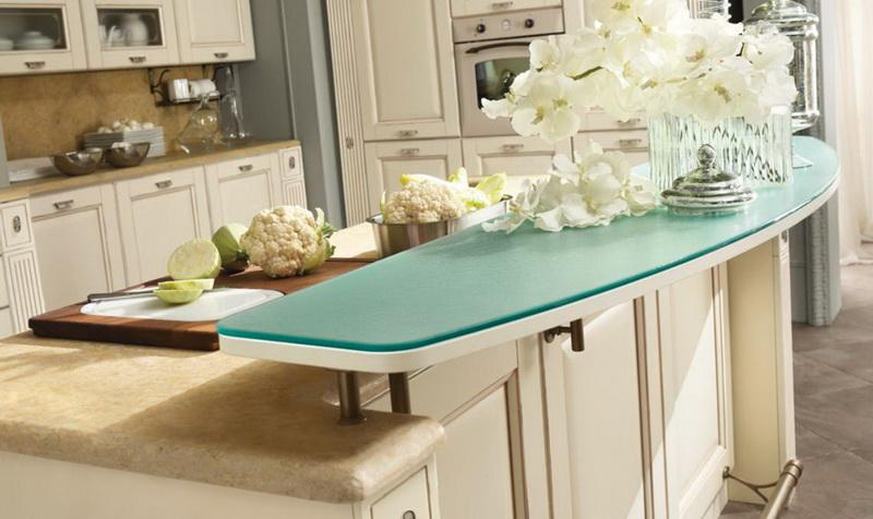 Кухня Малага угловая белого цвета с коричневой столешницей на ... | 476x800